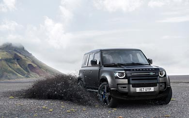 2022 Land Rover Defender V8 Trophy wallpaper thumbnail.