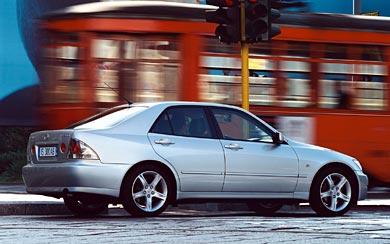 2001 Lexus IS 300 wallpaper thumbnail.