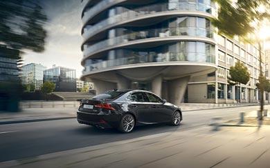 2017 Lexus IS wallpaper thumbnail.