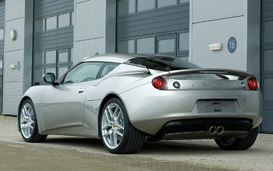 2010 Lotus Evora wallpaper thumbnail.