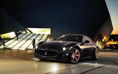 2009 Maserati GranTurismo S wallpaper thumbnail.
