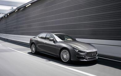 2018 Maserati Ghibli GranLusso wallpaper thumbnail.