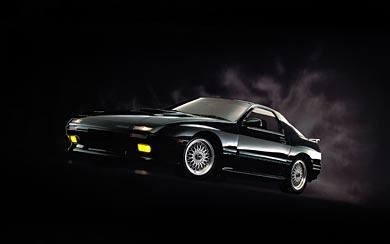 1985 Mazda RX-7 wallpaper thumbnail.