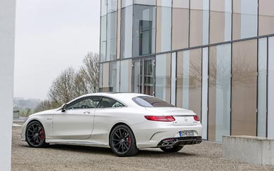 2015 Mercedes-Benz S63 AMG Coupe wallpaper thumbnail.