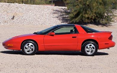1993 Pontiac Firebird wallpaper thumbnail.