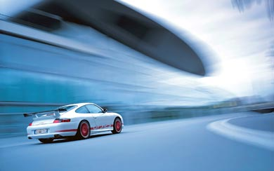 2004 Porsche 911 GT3 RS wallpaper thumbnail.