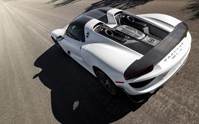2015 Porsche 918 Spyder Weissach Package wallpaper thumbnail.