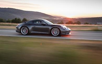 2022 Porsche 911 GT3 Touring wallpaper thumbnail.