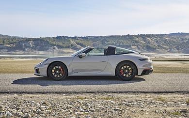 2022 Porsche 911 Targa 4 GTS wallpaper thumbnail.