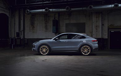 2022 Porsche Cayenne Turbo GT wallpaper thumbnail.