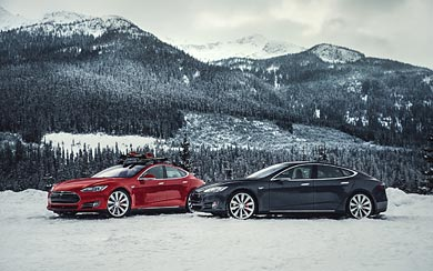 2015 Tesla Model S P85D wallpaper thumbnail.