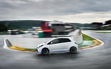 2013 Toyota Yaris Hybrid-R Concept wallpaper thumbnail.