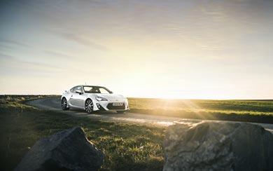 2014 Toyota GT 86 TRD wallpaper thumbnail.