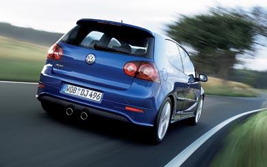 2005 Volkswagen Golf R32 wallpaper thumbnail.
