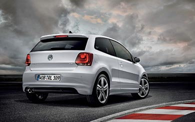 2011 Volkswagen Polo R-Line wallpaper thumbnail.