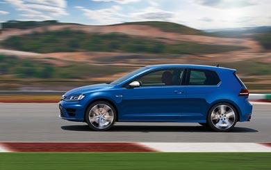 2014 Volkswagen Golf R wallpaper thumbnail.