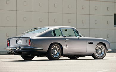 1965 Aston Martin DB6 Vantage wallpaper thumbnail.