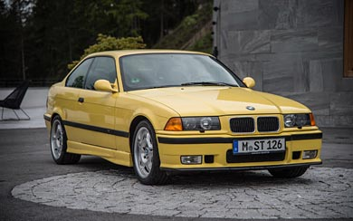 1992 BMW M3 Coupe wallpaper thumbnail.