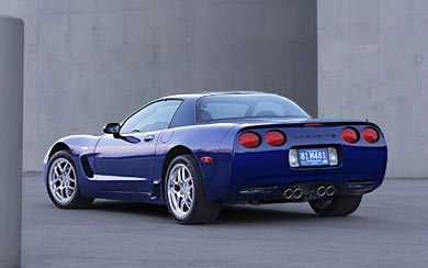 2004 Chevrolet Corvette Z06 wallpaper thumbnail.