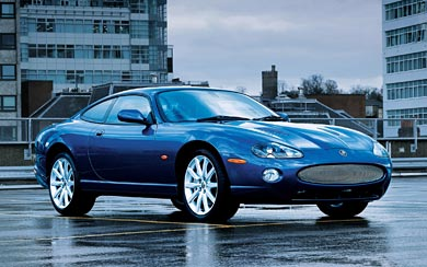 2005 Jaguar XKR Coupe wallpaper thumbnail.