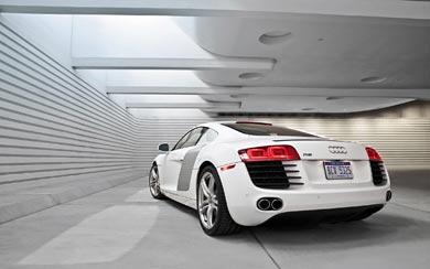 2009 Audi R8 wallpaper thumbnail.