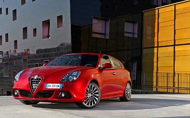 2010 Alfa Romeo Giulietta wallpaper thumbnail.