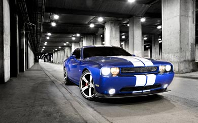 2011 Dodge Challenger SRT8 wallpaper thumbnail.
