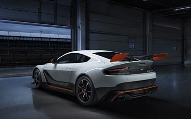 2015 Aston Martin Vantage GT12 wallpaper thumbnail.