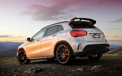 2015 Mercedes-Benz GLA45 AMG wallpaper thumbnail.