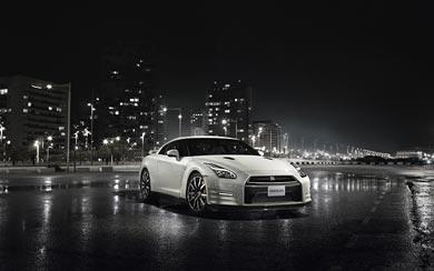 2015 Nissan GT-R wallpaper thumbnail.