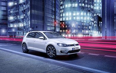 2015 Volkswagen Golf GTE wallpaper thumbnail.