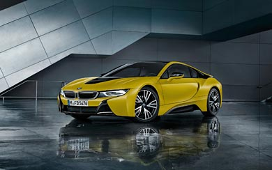 2018 BMW i8 Protonic Frozen Yellow wallpaper thumbnail.