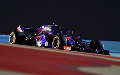 2018 Toro Rosso STR13 wallpaper thumbnail.