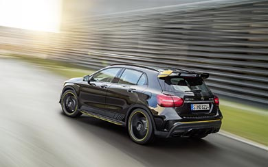 2018 Mercedes-Benz GLA45 AMG wallpaper thumbnail.
