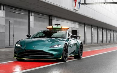 2021 Aston Martin Vantage F1 Safety Car wallpaper thumbnail.