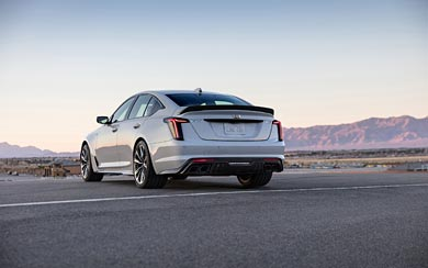 2022 Cadillac CT5-V Blackwing wallpaper thumbnail.